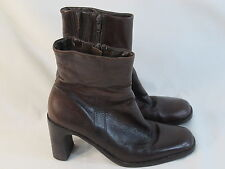 Hush Puppies Lined Brown Leather Ankle Boots Size 6 M US Excellent Condition
