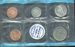 1970  9 PC. MINT SET (D132) 2-25c, 2-10c, 2-5c, & 3-1c with both mint tokens
