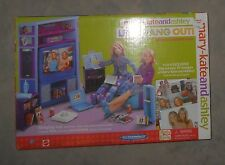 MARY KATE AND ASHLEY LETS HANG OUT ROOM ACCESSORY PACK Playset Barbie Doll