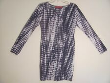 Boohoo Women's Dress Size 8 Black White Long Sleeve Above Knee Length Sheath