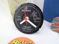 THE DAVE CLARK FIVE - VINYL RECORD CLOCK actual SINGLE RECORD CENTRE Desk