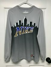 Nike Dri-Fit #569921 Men's L/S Graphic Skyline Basketball T-Shirt: S, Gray