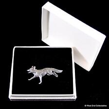 Running Fox Pewter Pin Brooch in Gift Box - Dog Fox Wolf Hunting Badge Present