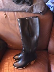 womens Long Black Boots