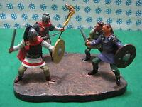 RITTER / Medioevali  Diorama  4 figure  - metal toy soldier figure set
