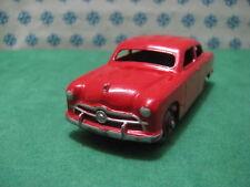 Vintage -  FORD  SEDAN        -  Dinky toys