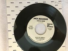 COUNTRY 45 RPM RECORD - JESSIE LEE TURNER& FLOYD ROBINSON - MCA 40463-PROMO