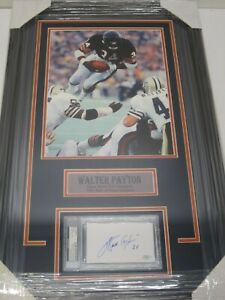 WALTER PAYTON Chicago Bears Autographed Index Card Framed with Photo PSA/DNA CoA