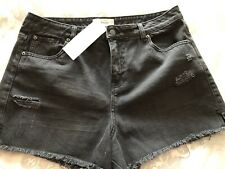 NEW LOOK NWT UK 16 BLACK FRAYED EDGE DISTRESSED SHORTS 34-36 Inch Waist Ladies