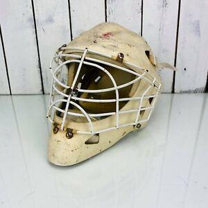 Vintage Hockey Goalie Fiber mask Whit cat Eyes