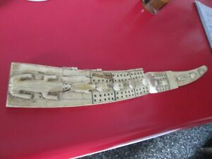 RARE - ANTIQUE  - ESKIMO - SCRIMSHAW DECORATED & CARVED - CRIBBAGE BOARD