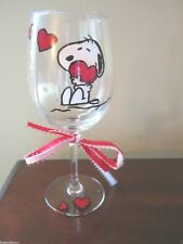 Hand Painted Wine Glass Snoopy with Hearts -   12 oz.