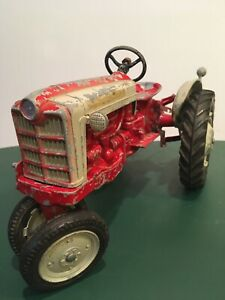 Antique Vintage 1950's Ford Toy Tractor 901 Working Hitch Made In USA Rare