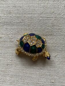 Vintage old stock 80's novelty gold tone brooch, tortoise with diamante & enamel