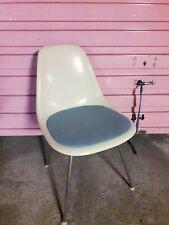 Ray Charles Eames Fiberglass Side Chair DSX Herman Miller/Vitra era sottsass