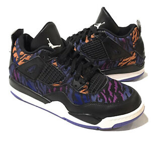 "Air Jordan Retro 4 ""Rush Violet"" Black/White Sneakers Size 2.5Y  (BQ9042 005)"