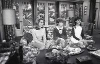 ELIZABETH MONTGOMERY MARLO THOMAS JUDY CARNE BEWITCHED '67 ABC TV PHOTO NEGATIVE