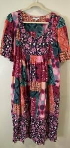 Only Necessities Women's House Lounge Dress Patchwork Print EUC 2X 26/28