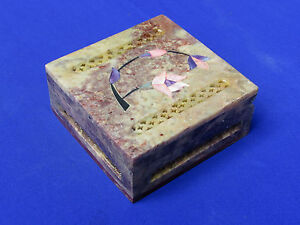 Marble Jewelry Box  Inlay and Grill  Work Handicraft Stone Home Decor and Gift