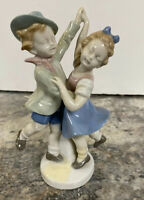 Antique VINTAGE PORCELAIN CARL SCHEIDIG GERMANY BOY & GIRL DANCING FIGURINE
