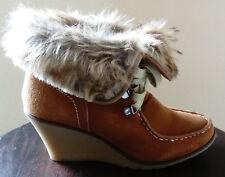 Boots femme en daim couleur Camel - Marque Promod - Taille 38