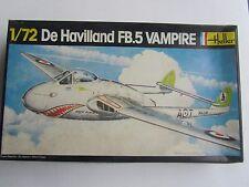 1/72 Scale HELLER De HAVILLAND FB.5 VAMPIRE vintage model airplane kit #283 2Kit