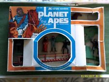 MULTIPLE TOYMAKERS PLANET OF THE APES PLAYSET 2.