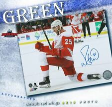6e536317cc7 MIKE GREEN Autographed Detroit Red Wings 8x10 Photo - 70018