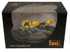 IXO Honda RC211V 'Camel' MotoGP 2004 - M Tamada 1/24 Scale