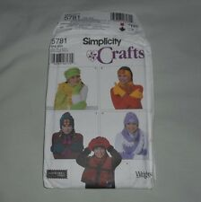 SIMPLICITY Crafts Pattern No 5781 ONE SIZE Hat, Scarf, Mittens, Headband UNCUT