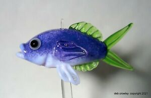 deb crowley lampwork glass Blue Fusilier fish bead with stand Lifelike beautiful