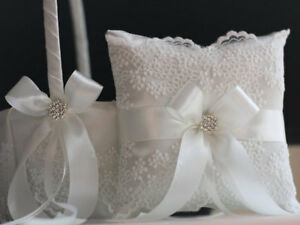 Lace Bearer Pillow Off-White Wedding Flower Lace Ring bearer Girl Basket Set