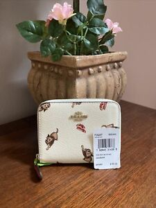 New Coach Wallet  Wizard of Oz Toto Zip Around Chalk Coated Canvas  F39297 W12