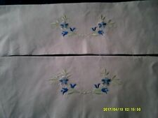 4 PAIRS SILK THREAD EMBROIDERED FLORAL PILLOW CASE EDGINGS WHITE PLUS CREAM $28