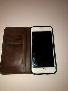 Apple iPhone 6 w/wallet - 64GB - Silver (Verizon) A1549 (CDMA + GSM)