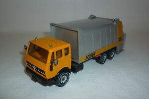 """ SIKU "" Model - Mercedes - Benz - Garbage Truck - 2926 Silver"