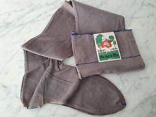 Paire de bas couture en fil tissé gris brodé étiquette Mascotte  - 264
