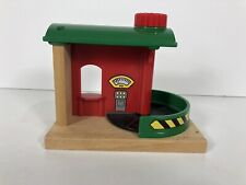 Brio Luggage Carousel Scale Train Airport Station Wooden Spins RARE