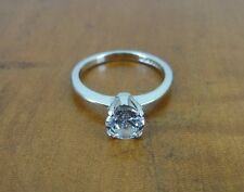 Avon Cubic Zirconia Solitaire Sterling Silver 925 Band Ring Size 6