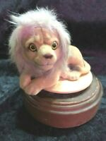 Vintage 1940's? Lion Topped Wind Up Music Box.