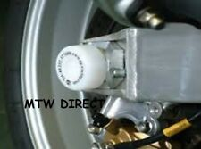 Suzuki GSX R1000 K1 2001 R&G Racing Swingarm Protectors SP0001WH White