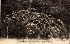 CPA  Forét de Fontainebleu - La Roche Eponge -Découverte par Denecourt  (249197)