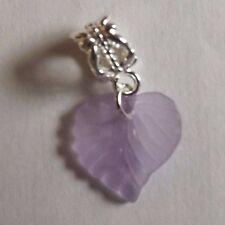 pendentif argenté feuille violette 15x15 mm