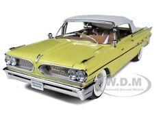 1959 PONTIAC BONNEVILLE CLOSED CONVERTIBLE WHT/PALOMAR YELLOW 1/18 SUNSTAR 5191