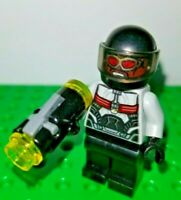 Lego Lot of 1 Marvel Falcon  Minifigure Black Blaster Shoots Dual Hero Fighter
