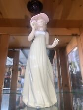 """Retired 1991 Nao Lladro Spain Woman in Hat Holding Flower """"Very Rare """""""