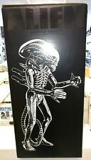 "24"" ALIEN Gentle Giant Jumbo Figure XENOMORPH 2014 Kenner sdcc action exclusive"