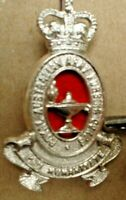 A ROYAL AUSTRALIAN ARMY NURSING CORPS METAL BADGE 4.5 CM SEW ON NO CLIP