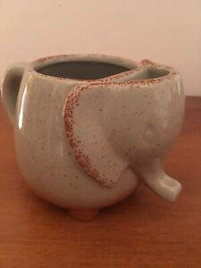 Elephant Mug With Tea Bag Holder Green