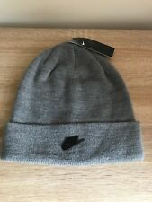 NIKE METAL FUTURE SOFT LIGHT STRETCH KNITTED BEANIE / HAT, GREY, AA8586-091.